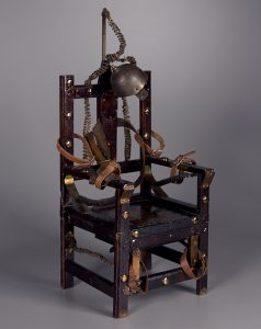 79,1421 Doll chair, 20th century. The Strong, Rochester, New York.
